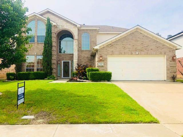 5313 Sunnyway Drive, Fort Worth, TX 76123 (MLS #14594131) :: Real Estate By Design