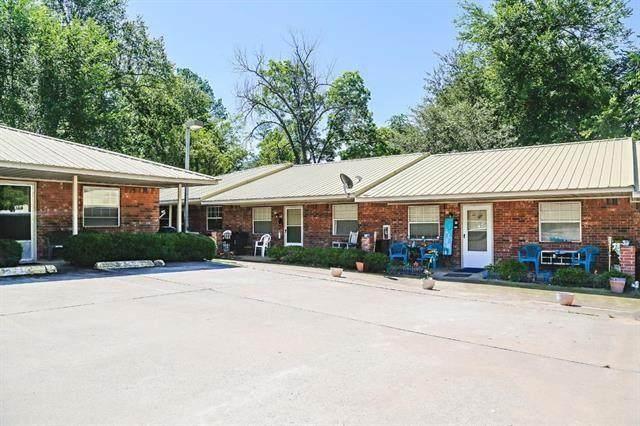 1724 Hubbard Street, Paris, TX 75460 (MLS #14594624) :: Real Estate By Design