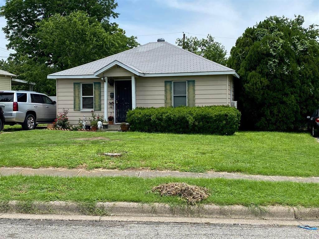 2920 Houston Street - Photo 1