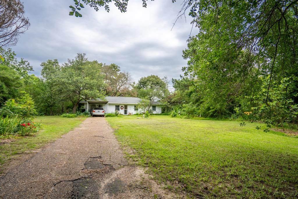 131 County Road 1850 - Photo 1