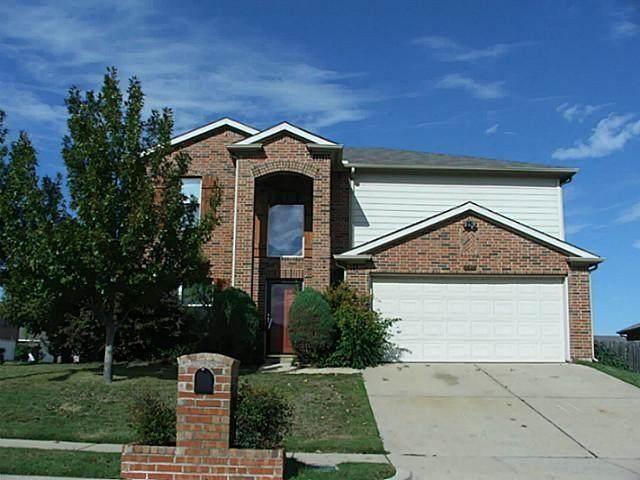 1421 Trading Post Drive, Fort Worth, TX 76131 (MLS #14596870) :: The Krissy Mireles Team