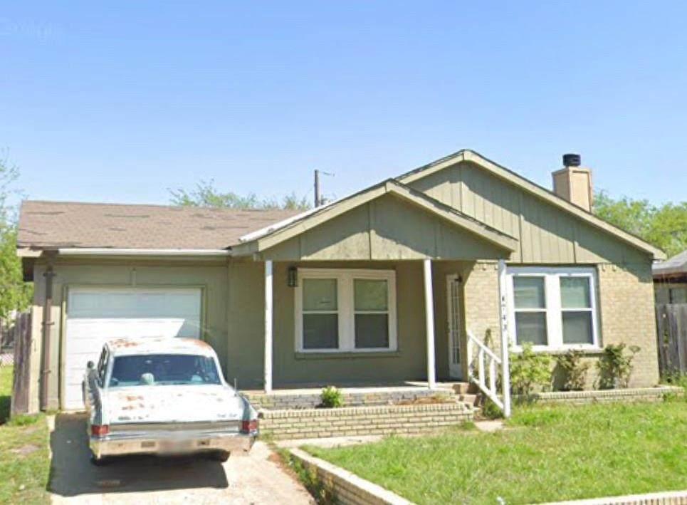 4743 Elm Leaf Drive - Photo 1