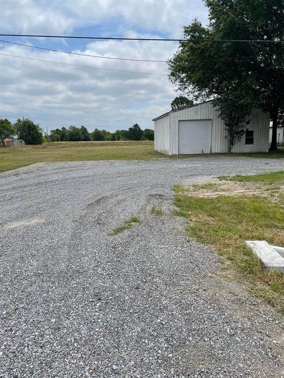 1050 Fm 273, Bonham, TX 75418 (MLS #14598246) :: The Hornburg Real Estate Group