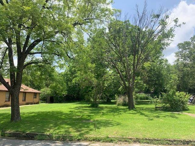 818 W Sears Street, Denison, TX 75020 (MLS #14599246) :: All Cities USA Realty