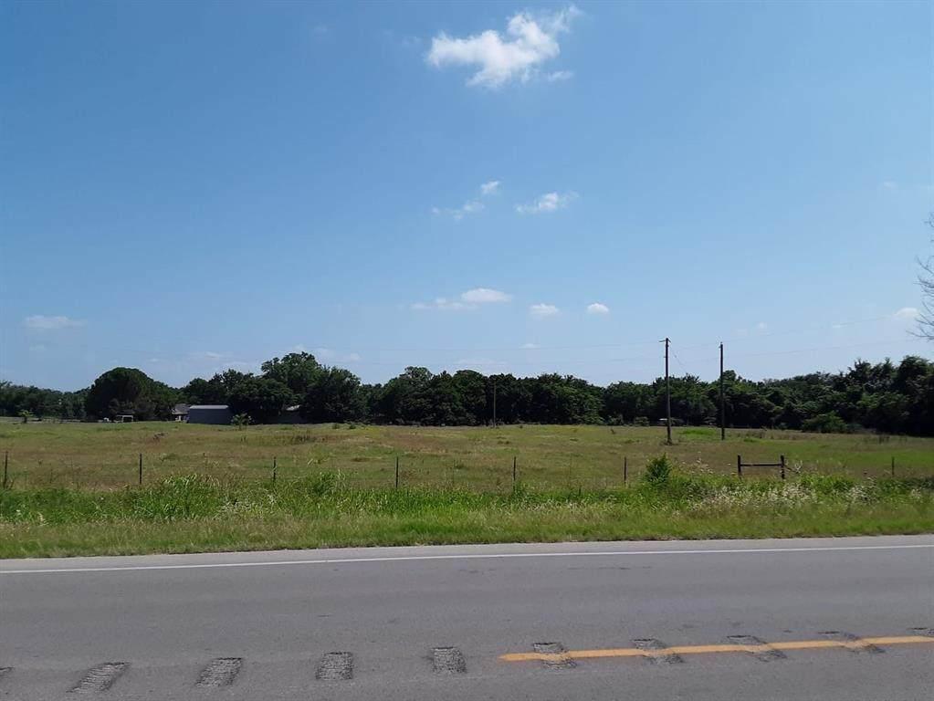 1450 Knob Hill Road - Photo 1