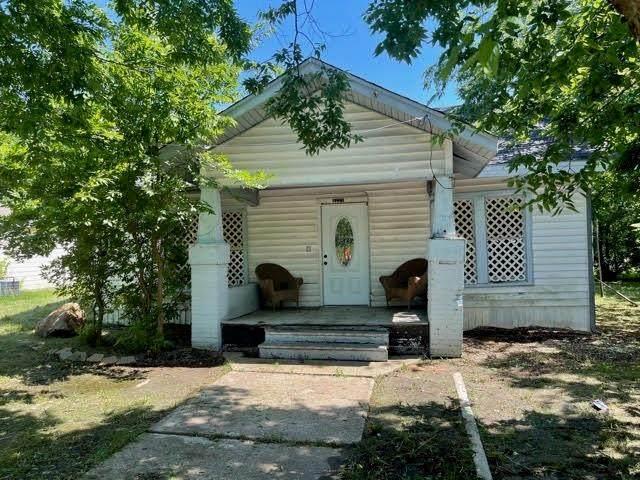 4221 Pickett Street, Greenville, TX 75401 (MLS #14601799) :: Real Estate By Design
