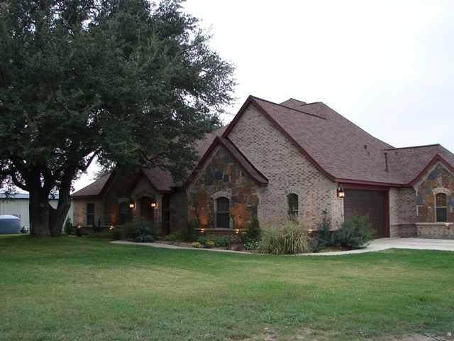 915 Private Road 1646, Dublin, TX 76446 (MLS #14602469) :: Real Estate By Design
