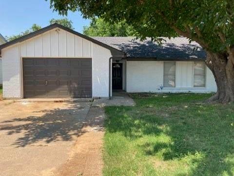 519 Price Drive, Lewisville, TX 75067 (MLS #14603279) :: Lisa Birdsong Group | Compass