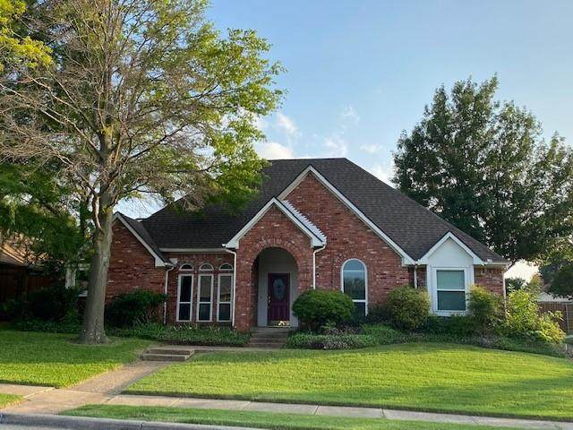 4519 Silverthorn Drive, Mesquite, TX 75150 (#14604063) :: Homes By Lainie Real Estate Group