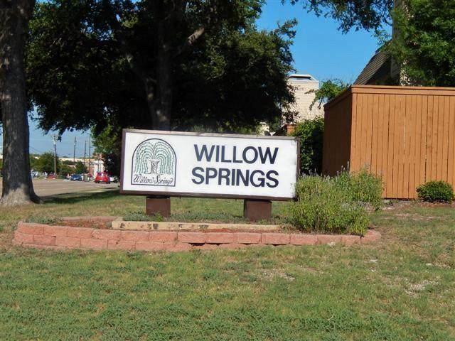 2327 Trellis Place, Richardson, TX 75081 (MLS #14604263) :: HergGroup Dallas-Fort Worth