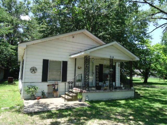 614 S Main Street, Quitman, TX 75783 (MLS #14604472) :: Real Estate By Design