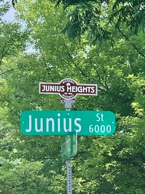 6022 Junius Street, Dallas, TX 75214 (MLS #14604904) :: Wood Real Estate Group