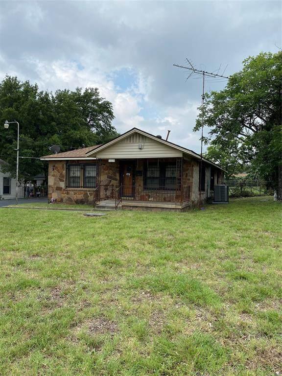 2017 Eden Avenue, Haltom City, TX 76117 (MLS #14606227) :: The Good Home Team
