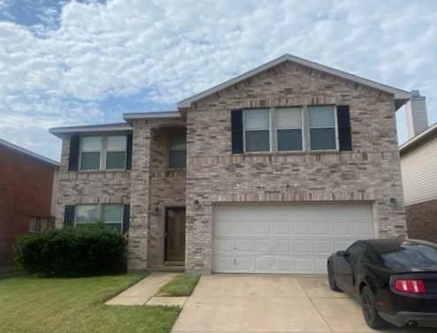 3921 German Pointer Way, Fort Worth, TX 76123 (MLS #14606801) :: Trinity Premier Properties