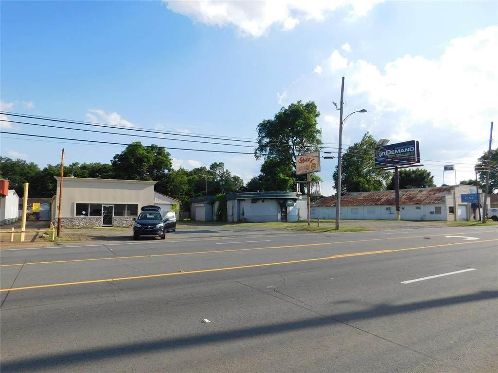 1430 Barksdale Boulevard - Photo 1