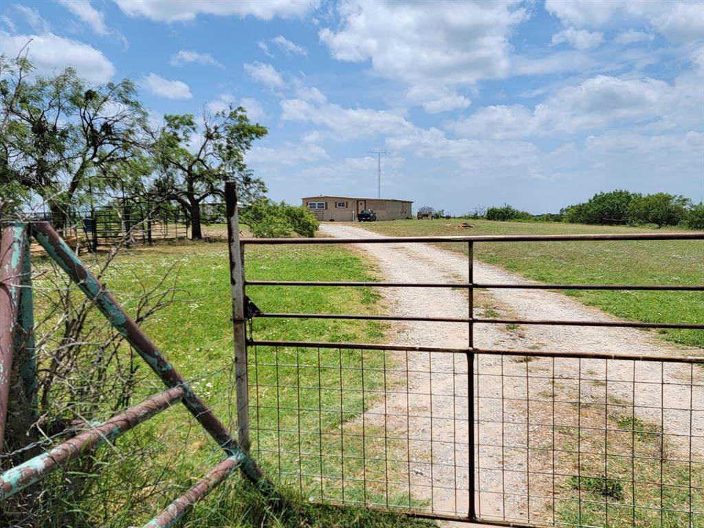 1605 County Road 138 - Photo 1