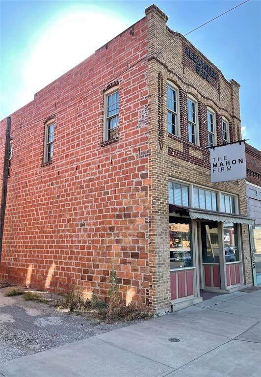 608 Conrad Hilton Boulevard, Cisco, TX 76437 (#14610920) :: Homes By Lainie Real Estate Group
