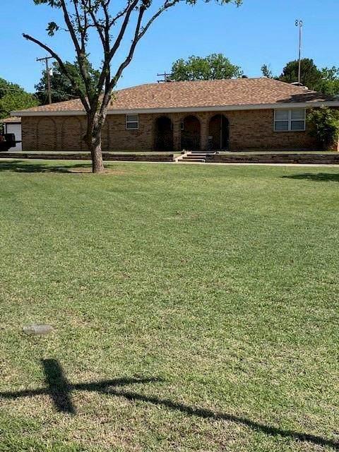 1609 Santa Fe Avenue, Sweetwater, TX 79556 (MLS #14612318) :: The Mauelshagen Group