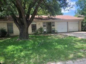 3418 Hummingbird Lane, Denton, TX 76209 (MLS #14615405) :: Trinity Premier Properties