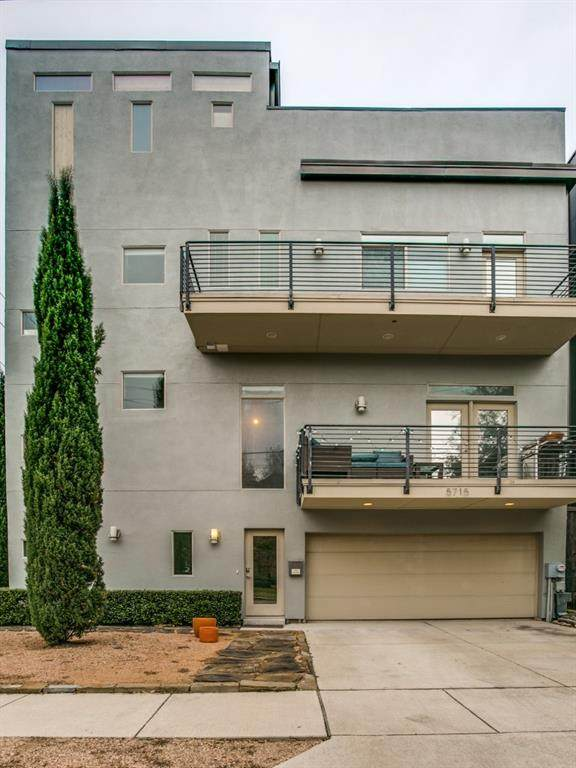 5715 La Vista Drive - Photo 1