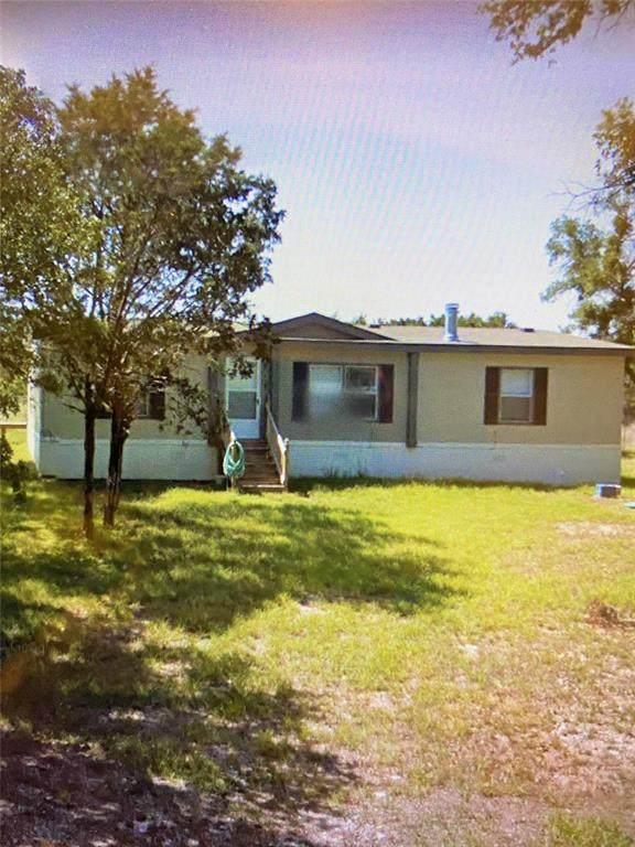 3208 Brazos River Court, Granbury, TX 76048 (MLS #14618759) :: Real Estate By Design