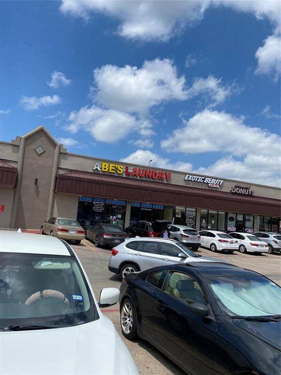 2246 N Collin Street, Arlington, TX 76011 (MLS #14619049) :: Real Estate By Design
