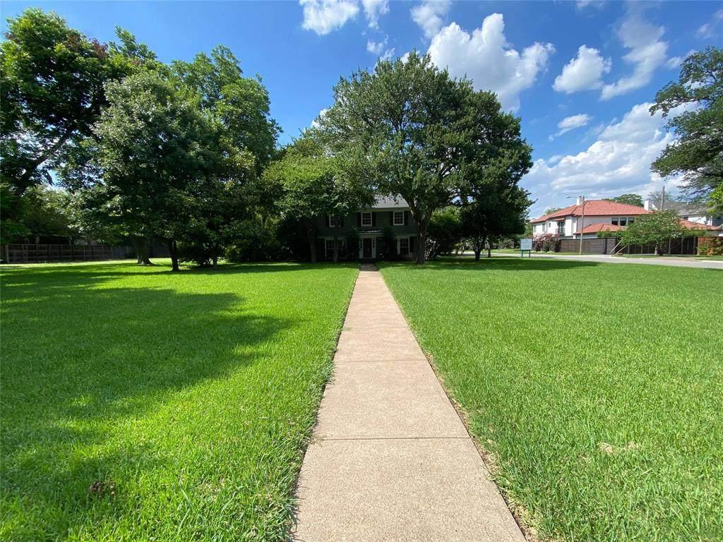 6347 Deloache Avenue - Photo 1