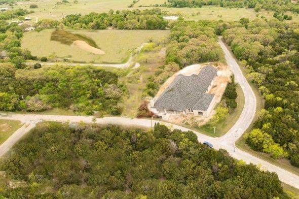 22067 Greenbriar Drive, Whitney, TX 76692 (MLS #14619389) :: Real Estate By Design