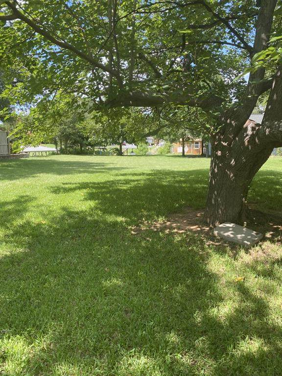 4011 Sioux Court, Granbury, TX 76048 (MLS #14619711) :: Real Estate By Design