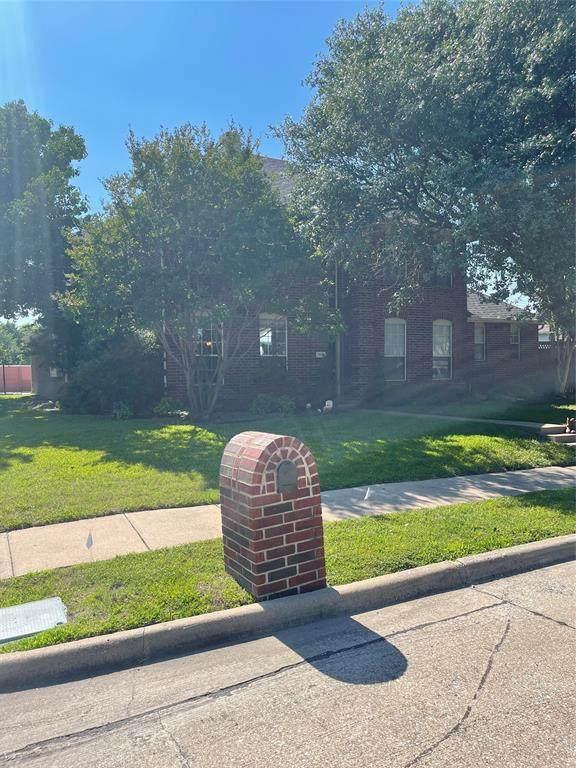 7605 Silverthorn Drive, Rowlett, TX 75089 (MLS #14621827) :: The Daniel Team