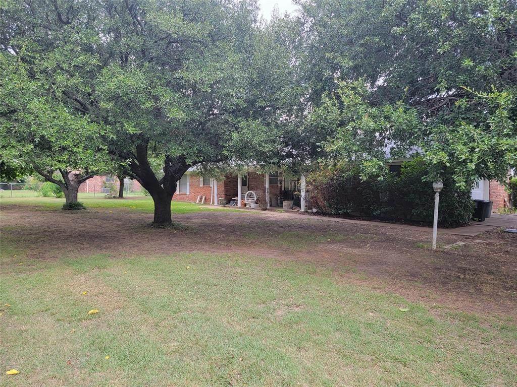 105 Cedar Lane - Photo 1