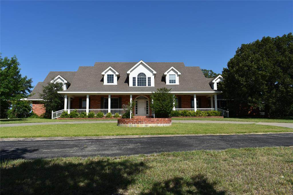 3048 Greenbrier Road - Photo 1