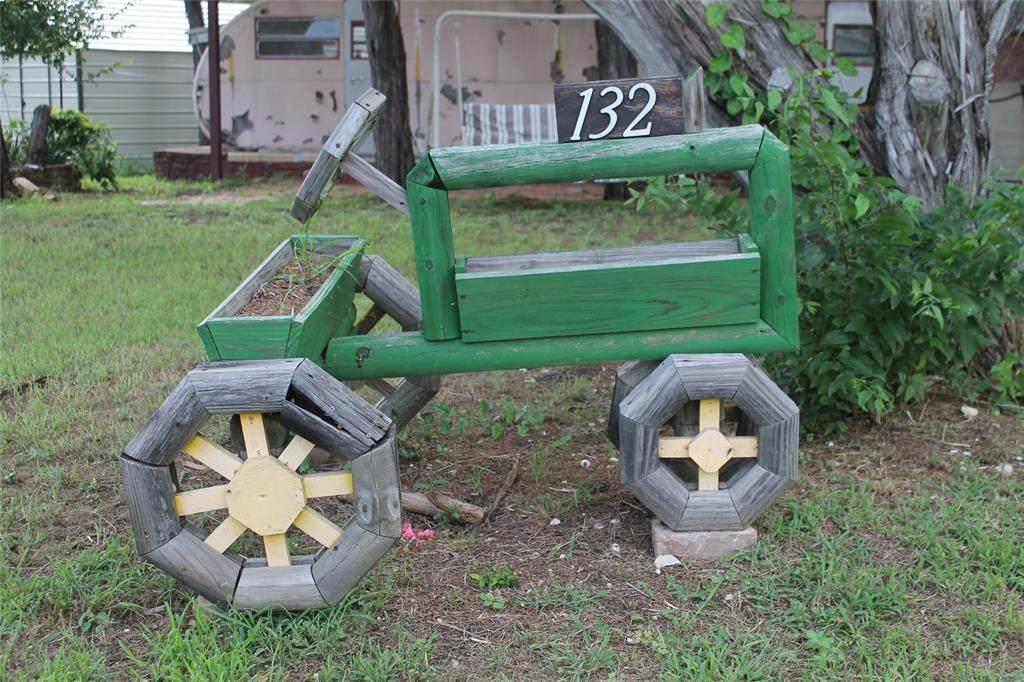 132 County Road 1816 - Photo 1