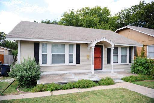 2820 Frazier Avenue, Fort Worth, TX 76110 (MLS #14624666) :: Real Estate By Design