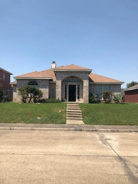 1115 Wayne Avenue, Duncanville, TX 75137 (MLS #14624952) :: Wood Real Estate Group