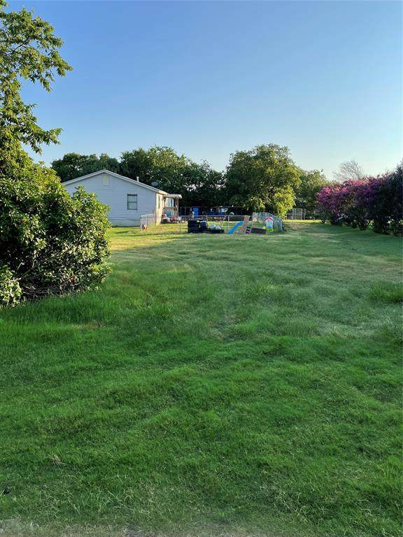311 N Illinois Street, Celina, TX 75009 (#14625452) :: Homes By Lainie Real Estate Group