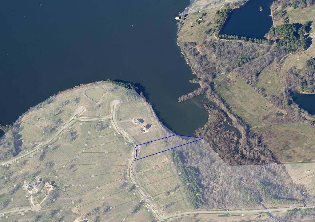 L201 Lago Vista Drive - Photo 1