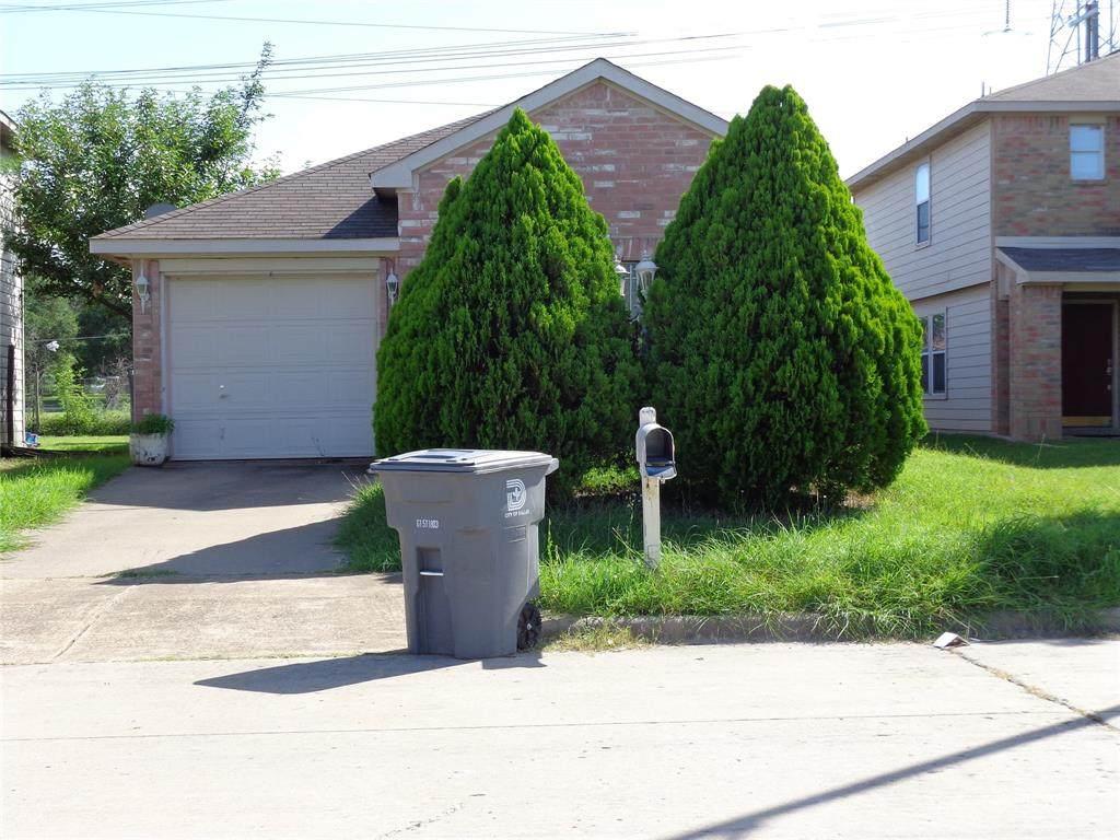 7443 Pineberry Road - Photo 1