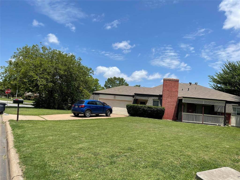 6701 Kingswood Drive - Photo 1