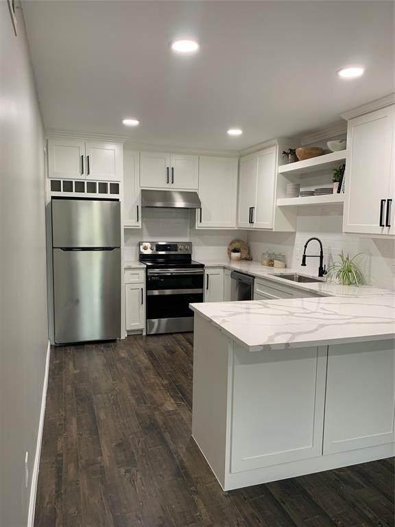 6011 Danbury Lane #205, Dallas, TX 75206 (MLS #14630720) :: Real Estate By Design