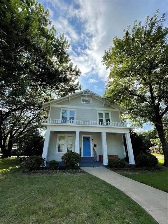 2402 Monroe Street, Commerce, TX 75428 (MLS #14632488) :: Front Real Estate Co.