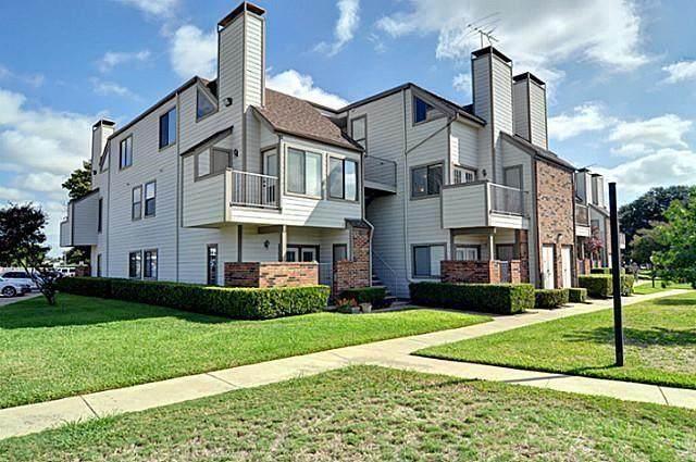 3129 Sondra Drive #202, Fort Worth, TX 76107 (MLS #14632664) :: Real Estate By Design