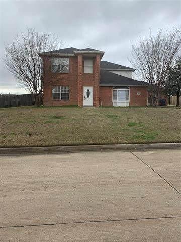1001 Ridgetop Drive, Justin, TX 76247 (MLS #14633477) :: DFW Select Realty