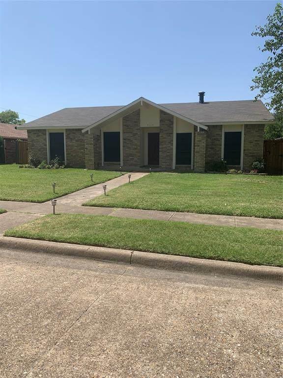 9119 High Plain Lane, Dallas, TX 75249 (MLS #14633778) :: The Chad Smith Team