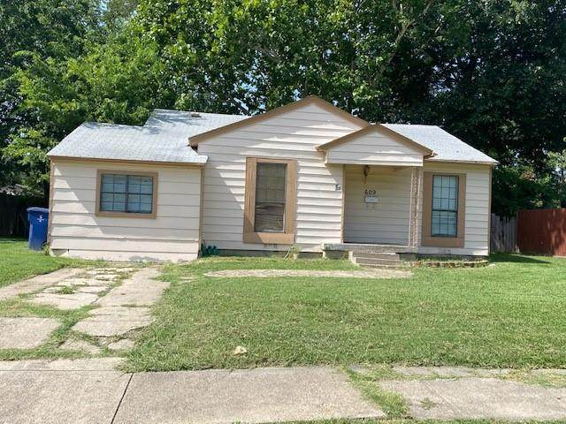 609 Cedar Drive, Garland, TX 75040 (MLS #14633935) :: RE/MAX Pinnacle Group REALTORS
