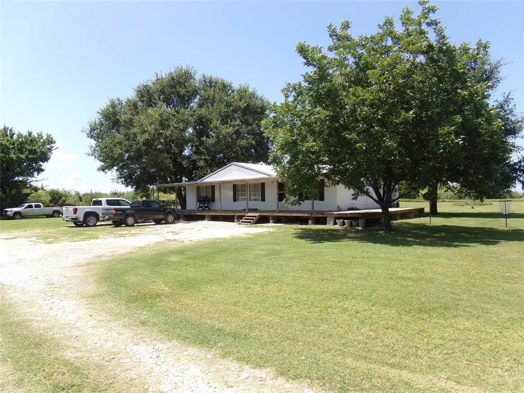 1104 County Road 3110 - Photo 1