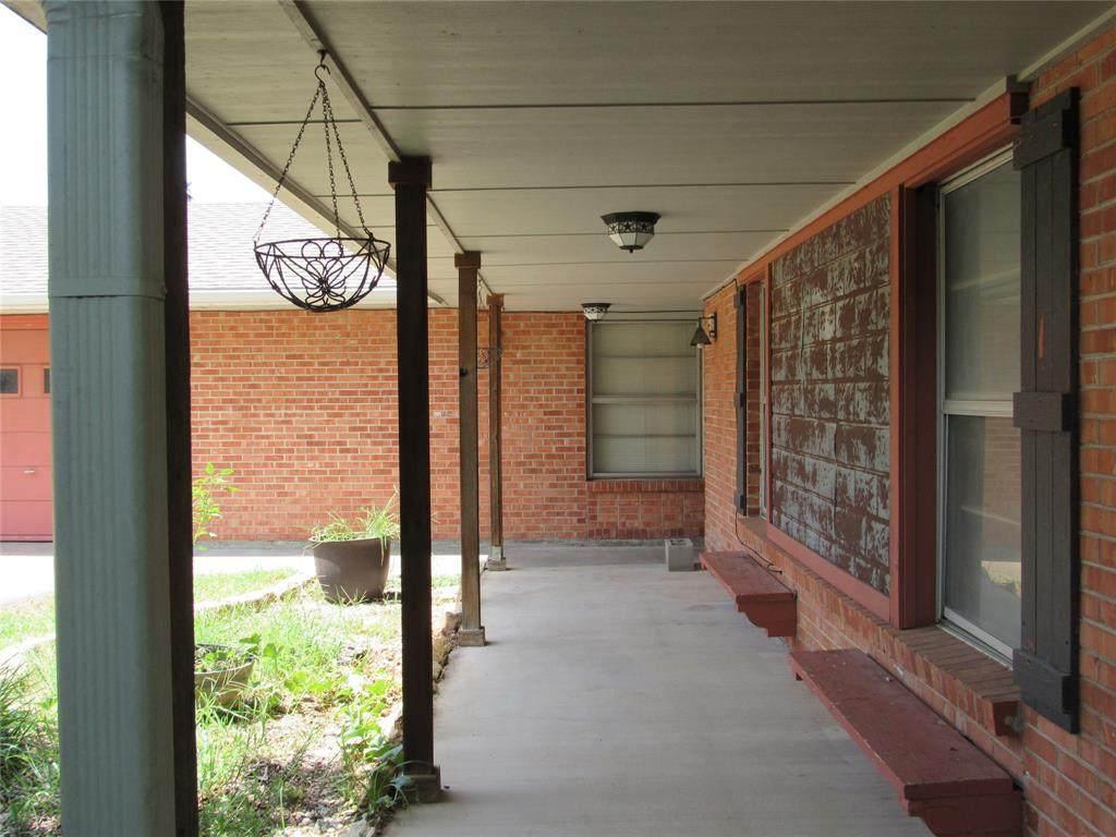 2081 Woodland Street - Photo 1