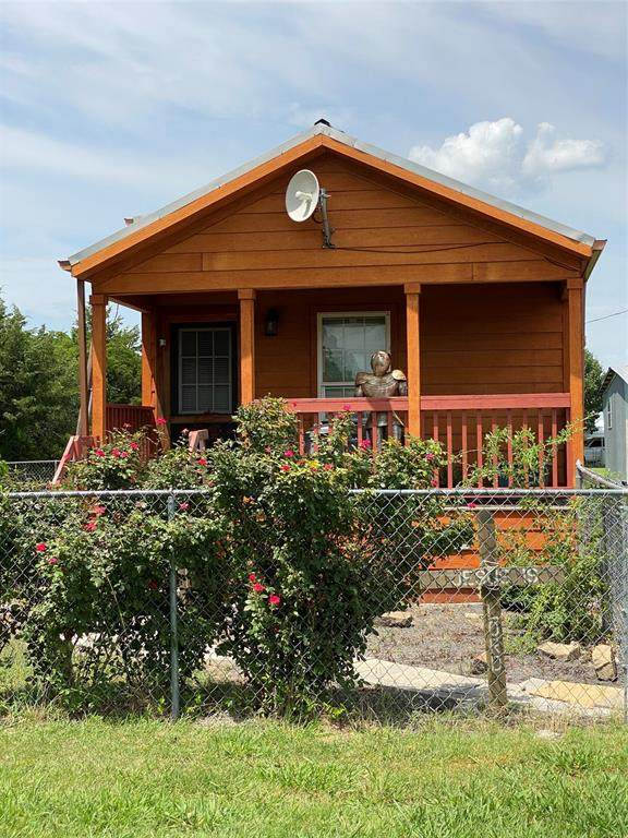 19939 County Road 656, Farmersville, TX 75442 (MLS #14635922) :: Real Estate By Design