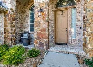 1815 Lake Glen Trail, Mansfield, TX 76063 (MLS #14636497) :: Real Estate By Design