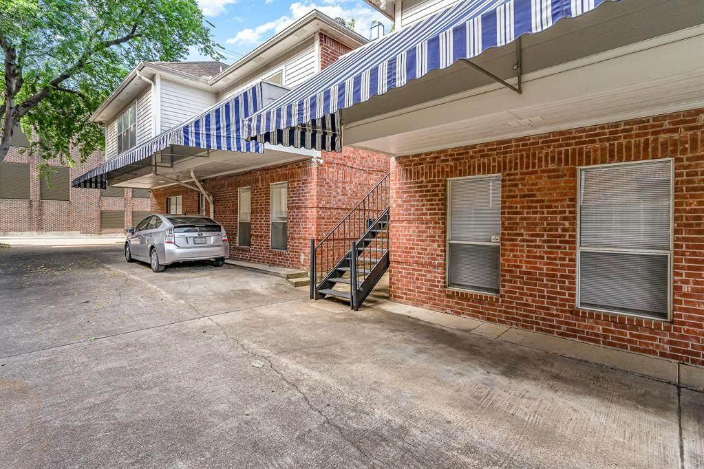 3329 Rosedale Avenue - Photo 1
